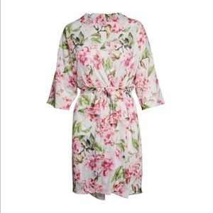 Show Me your Mumu robe!